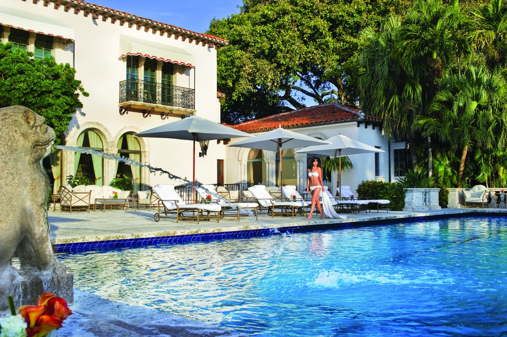Fisher Island Club_Vanderbilt Mansion_luxury hospitality_Bernard Lackner_Entree travel newsletter_pool_Miami
